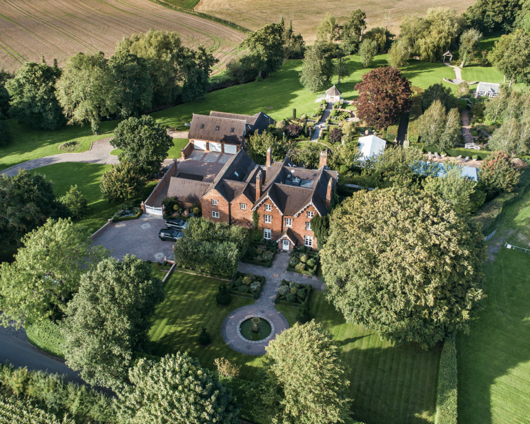Rural houses for sale in the Midlands